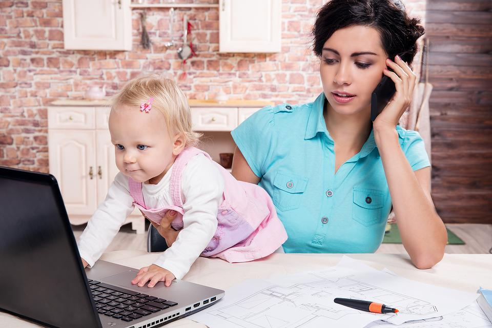 Work From Home? 3 Tips to Help (& Check Out This WAHM Workshop)!