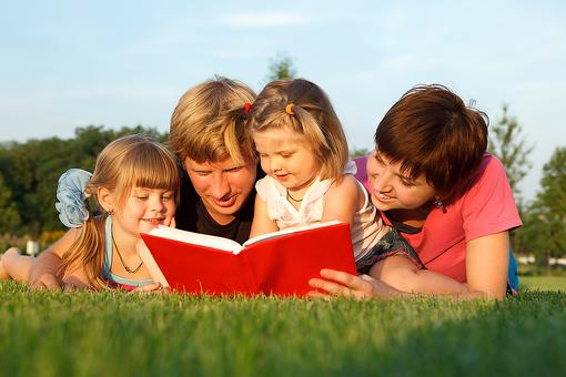 Reading to Kids: 10 Reasons Why You Should Grab a Book Right Now!