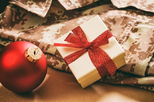12 Days of Gratitude: Operation Gratitude Kicks Off Campaign of Giving for the Holiday Season