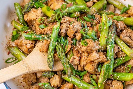 15-Minute Healthy Chicken & Asparagus Stir-fry Recipe Is Better & Faster Than Take-out