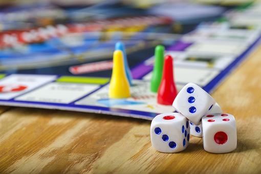 20 Best Family Board Games for Family Fun Game Night