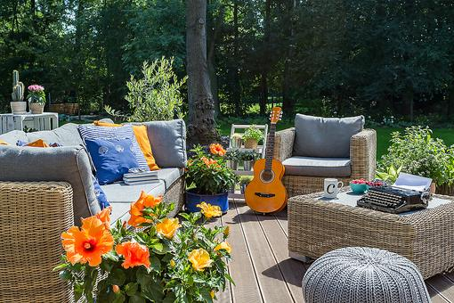 20 Patio Furniture Sets & Patio Seating Accessories That Everyone Is Buying