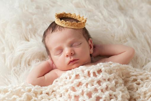 "Winter Is Here: 25 Baby Names Any ""Game of Thrones"" Fan Will Love!"