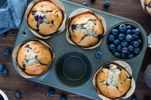 Fun 3-Ingredient Blueberry Muffin Recipe: We Can Thank Babs for This Viral TikTok Muffin Recipe