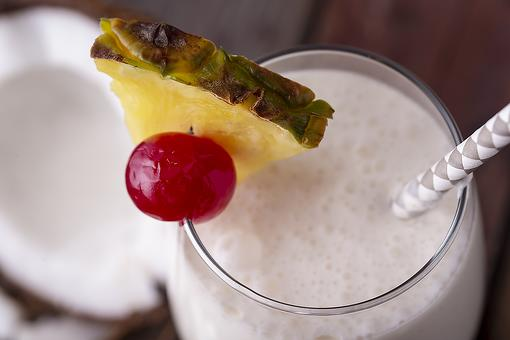 3-Ingredient Piña Colada Recipe: You'll Be Sipping This Easy Piña Colada Recipe Is Less Than 5 Minutes