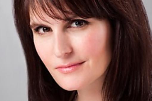 30Second Hair Tips With Celebrity Hair Stylist Kristan Serafino!