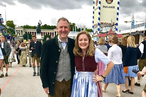 #30Seconds Live: Oktoberfest In Munich, Germany: Festival Opening Day With Dieter Schmitz!
