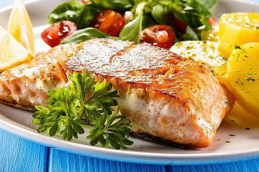 4-Ingredient Salmon Recipe: This Cajun Honey Salmon Recipe Is Ready in 15 Minutes
