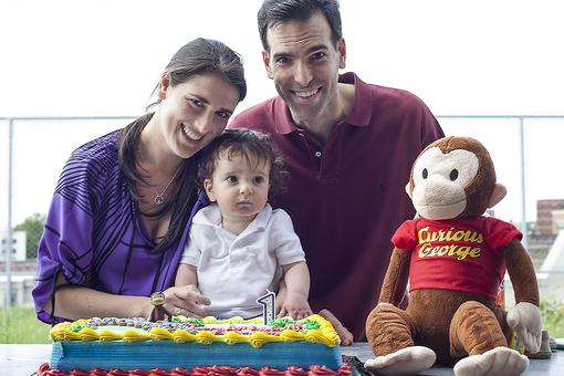 4 Ways to Have an Inexpensive First Birthday Party for Baby!