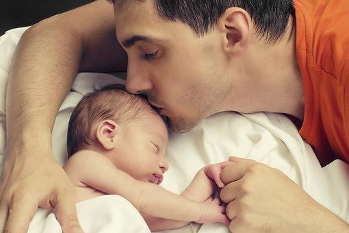 5 Ways to Get Dad More Involved in Parenting That Beautiful New Baby