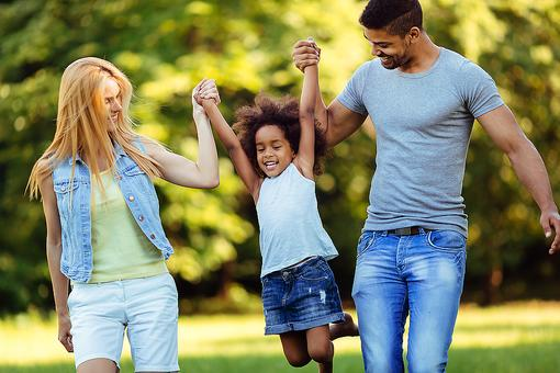 Ideas for Family Bonding: ​6 Fun Family-Bonding Activities to Bring Everyone Closer
