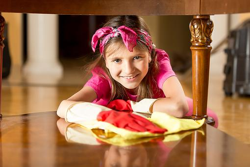 6 Reasons to Ask Your Kids to Help You With the Housework!