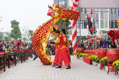Chinese New Year: 9 Ways to Celebrate the Lunar New Year With Kids!