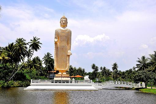 Buddhist Tsunami Memorial in Sri Lanka Displays the Tragedy & Miracles of the 2004 Tsunami