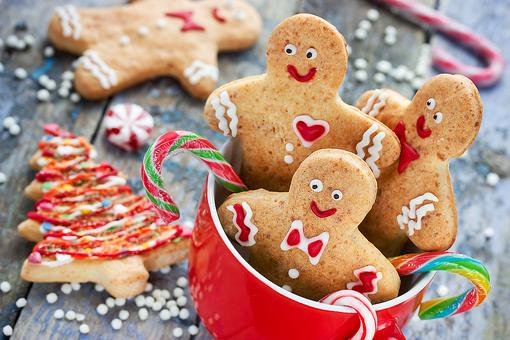 A Christmas Cookie Exchange Party With a Twist: A Fun Holiday Party Idea!