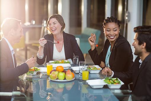 A Healthy Workplace: 6 Ways to Bring Positive Lifestyle Changes to the Office