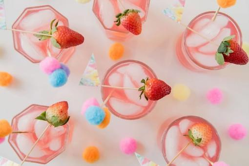 ​A Rosé Mother's Day: Surprise Mom With This Sparkling Rosé Sangria Recipe & DIY Pom Pom Picks