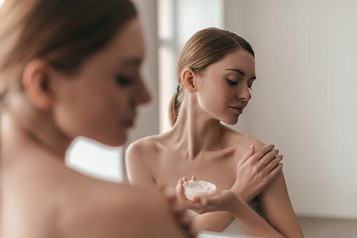 Aging Décolletage? 7 Ways to Achieve a Sexy Chest Area!