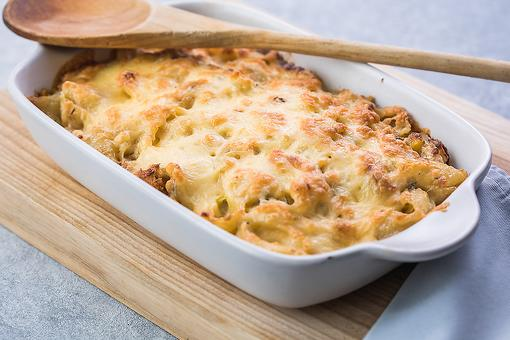 Simple Amish Casserole Recipe: This 6-Ingredient Cheesy Amish Ground Beef Casserole Is Serious Comfort Food