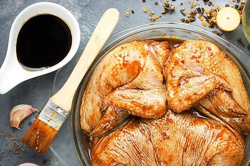 Amish Chicken Marinade Recipe: An Easy Soy Sauce-based Marinade for Chicken