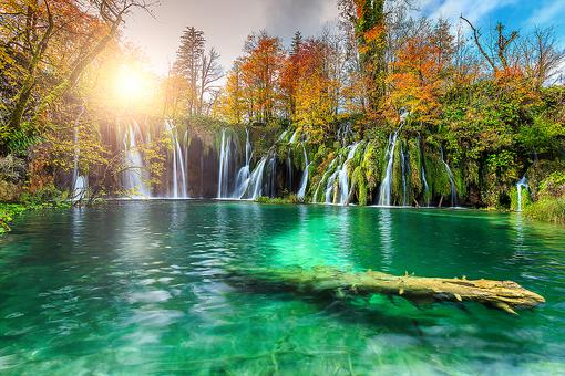 Plitvice Lakes National Park in Croatia: An Enchanting Day Spent Among the Waterfalls in Croatia