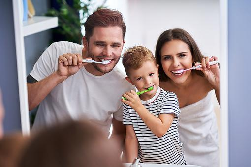 Dr. Ronald Plotka: Why & How Antimicrobial Toothbrushes & Good Oral Hygiene Provide Long-term Health Benefits