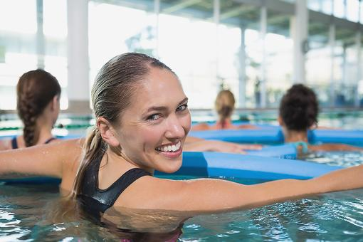 Aqua Yoga: 3 Healthy Benefits of Taking a Water Yoga Class!