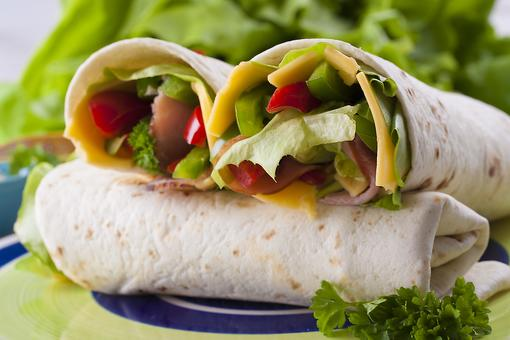 Vegetable Roll-ups: Spice Up Your Child's Lunch With This Kid-Approved Recipe!