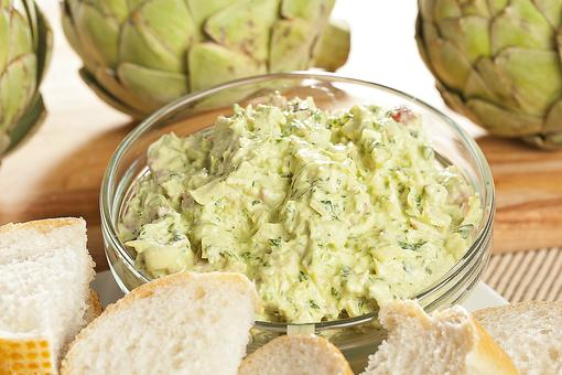 Cold Tailgating Recipes: How to Make Cold Artichoke Dip With Parmesan & Lemon