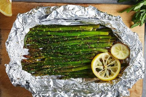 Asparagus in Foil Recipe: Bake or Grill This Easy Asparagus Recipe for Easter