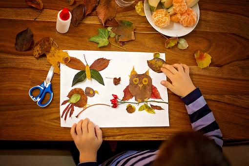 Autumn Activities: 6 Fun Fall Crafts & Activities to Do With Your Kids (Cheap)!