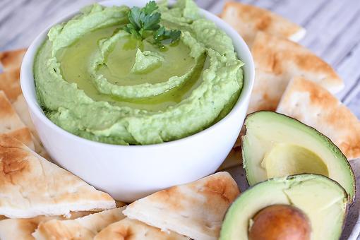 Best Avocado Hummus Recipe: Creamy Avocado Hummus Recipe for Healthy Snacking