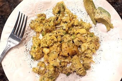 Creamy Avocado Scrambled Eggs Recipe: The Famous Mayoneggs Recipe Has Some Competition