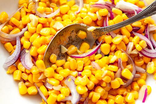 Back-to-Basics Amish Corn Salad Recipe: 4-Ingredient Corn & Red Onion Salad Is Deliciously Simple