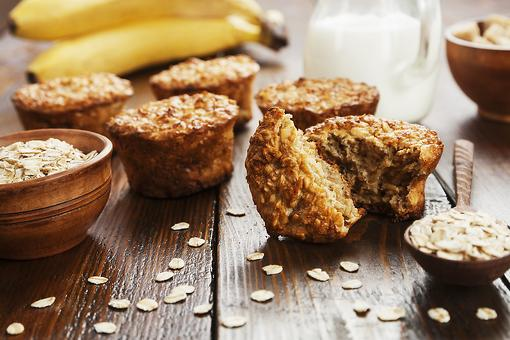 Baked Oatmeal Muffins Recipe: These Yummy Apple Banana Baked Oatmeal Muffins Are Great On the Go