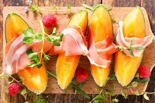 Barefoot Contessa's 2-Ingredient Recipe: This Is Ina Garten's Go-To Healthy Recipe This Summer