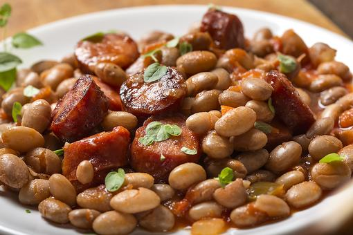 Slow Cooker Beans & Sausage: This Easy Recipe Is Cornbread's Best Friend