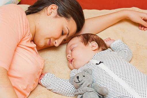 Best Advice for New Moms: This Simple Tip Helps You Deal With the Biggest Complaint About Motherhood!