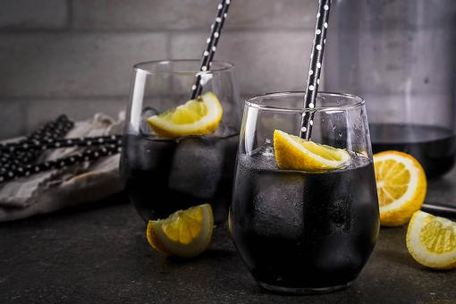 Black Lemonade: Why This Detox Drink Recipe Decided to Go Goth!