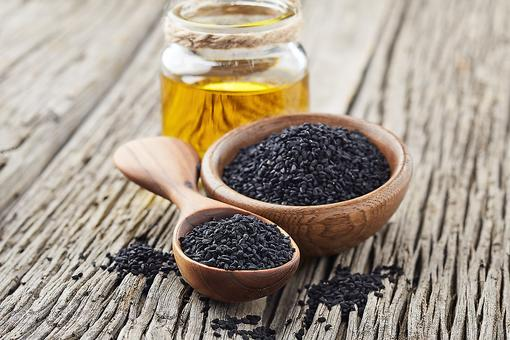 Black Seed Oil: Discover the Health Benefits of Black Cumin Seed Oil