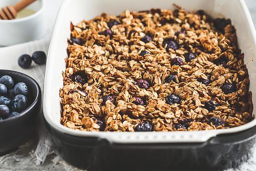 Blueberry Baked Oatmeal Recipe: Here's an Easy Baked Oatmeal Recipe Made Famous on TikTok