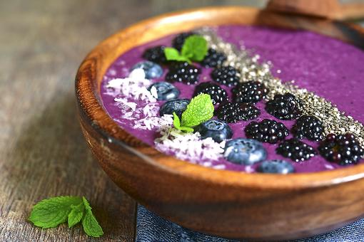 Blueberry Smoothie Bowl: Add Some Color to Your Life With This Recipe!