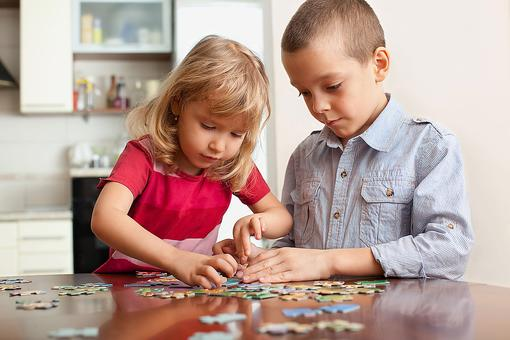 Games & Puzzle Week: Bored Kids? 3 Ways Jigsaw Puzzles Help Kids Grow!