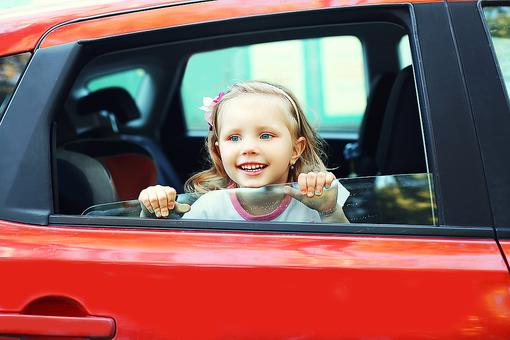 Bored Kids in the Car? This Activity Keeps Them Happy & Is Eco-Friendly!