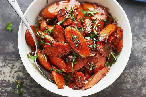 How to Make Brandy Roasted Carrots With Maple-Glazed Apples