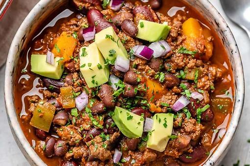 Butternut Squash Chili Recipe: A Hearty, Wholesome & Easy Vegetable & Meat Chili Recipe