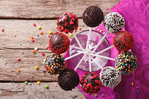 ​Cake Pops! How to Make Easy Cake Pops Kids & Adults Will Eat Up!