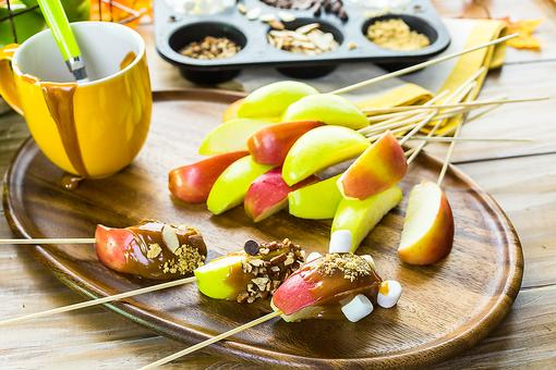 DIY Caramel Apple Bar: Make This Fun Dessert for National Caramel Apple Day