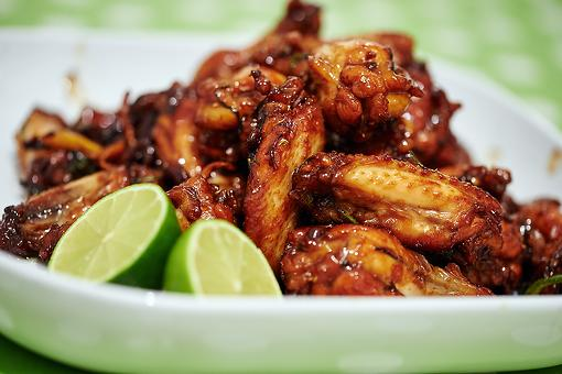 Caramelized Chicken Wings Recipe: This Sticky Chicken Wing Recipe Is Finger Lickin' Good