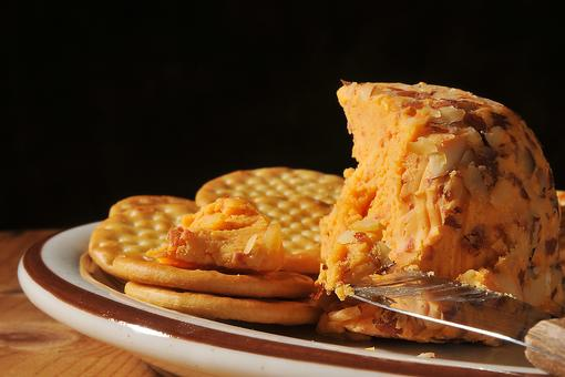 Cheddar Cheese Ball: A Simple Appetizer Recipe for Tailgating or Get-togethers